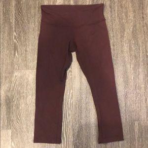 Size 6 Lululemon crop leggings (mid calf)